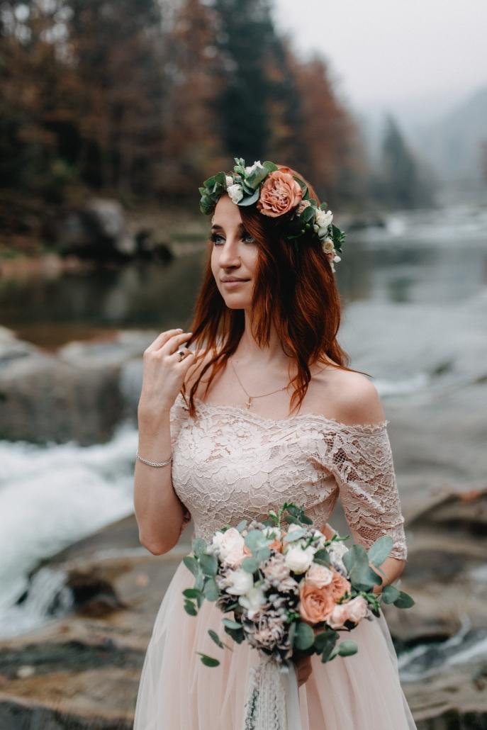sposa fiori capelli